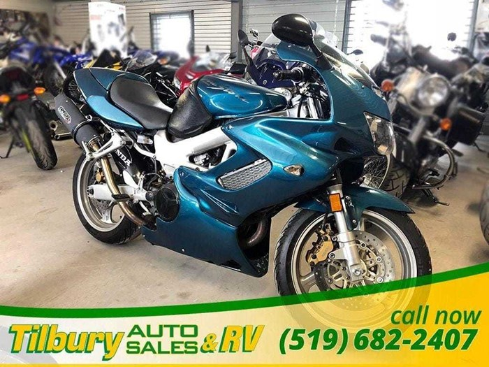 2000 Honda VTR1000F Photo 2 of 25