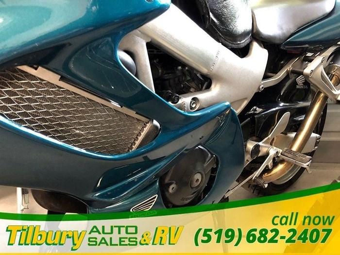 2000 Honda VTR1000F Photo 8 of 25