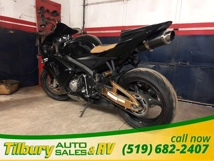 Honda CBR600RR 2003 Used Motorcycle for Sale in Tilbury, Ontario -  MotorcycleDealers ca
