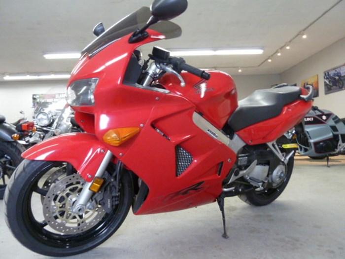 2000 Honda VFR800 Photo 5 of 5