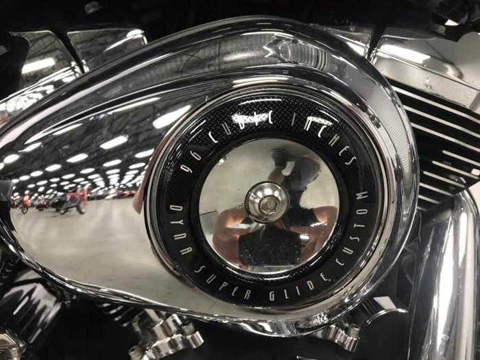 2010 Harley-Davidson super Glide Dyna Photo 10 of 12