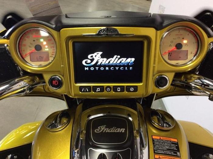 2018 INDIAN ROADMASTER ICON SERIES Photo 8 of 15