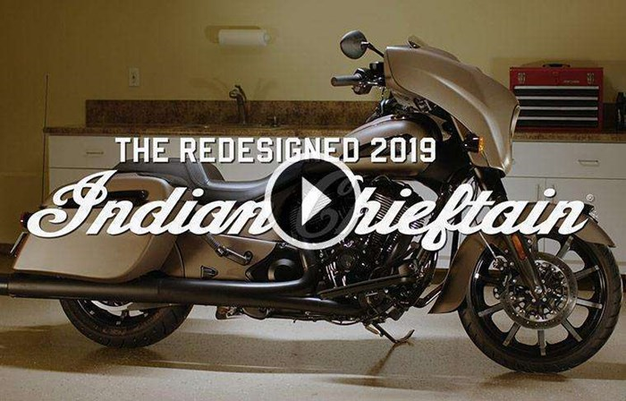 2019 INDIAN CHIEFTAIN LIMITED THUNDER BLACK PEARL Photo 2 of 8