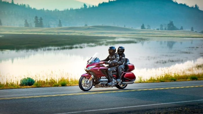 2019 Honda GOLD WING TOUR DCT ABS Photo 9 sur 20