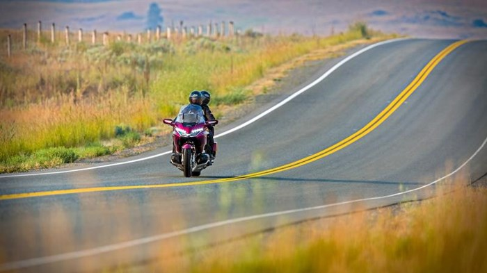 2019 Honda GOLD WING TOUR DCT ABS Photo 16 sur 20