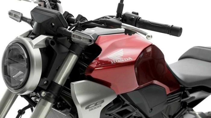 2019 Honda CB300R STANDARD Photo 5 sur 10