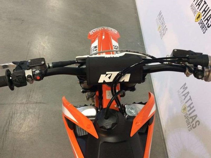 2018 KTM 450 SX-F Photo 9 of 14
