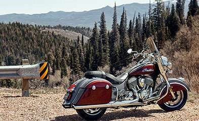 2019 INDIAN SPRINGFIELD METALLIC JADE THUNDER BLACK Photo 3 of 7