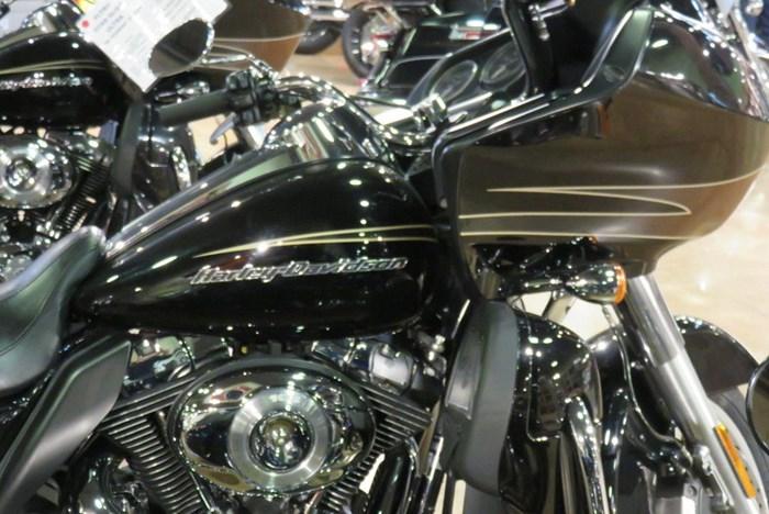 2011 Harley-Davidson FLTRU - Road Glide® Ultra Photo 3 of 9