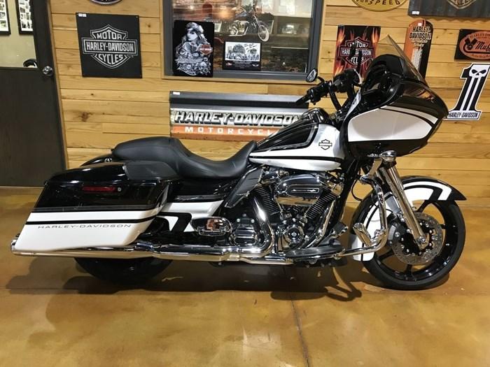 2017 Harley-Davidson FLTRXS - Road Glide® Special Photo 13 sur 13