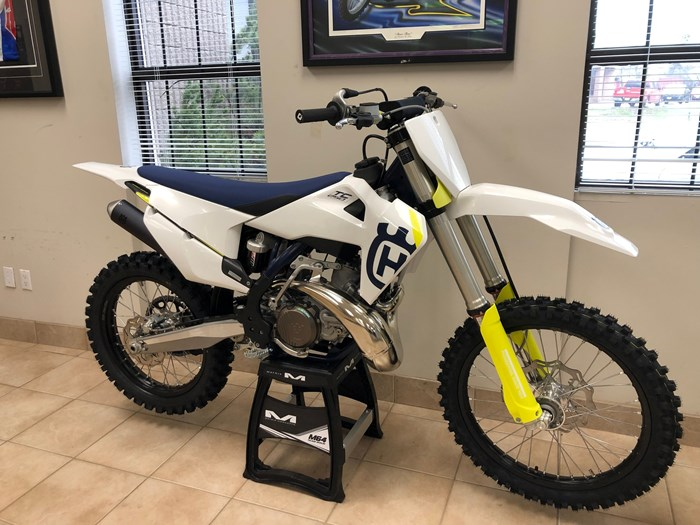 2019 Husqvarna TC250 Photo 2 of 2