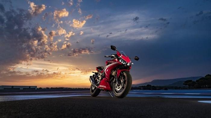 2019 Honda CBR500R ABS Photo 9 of 11