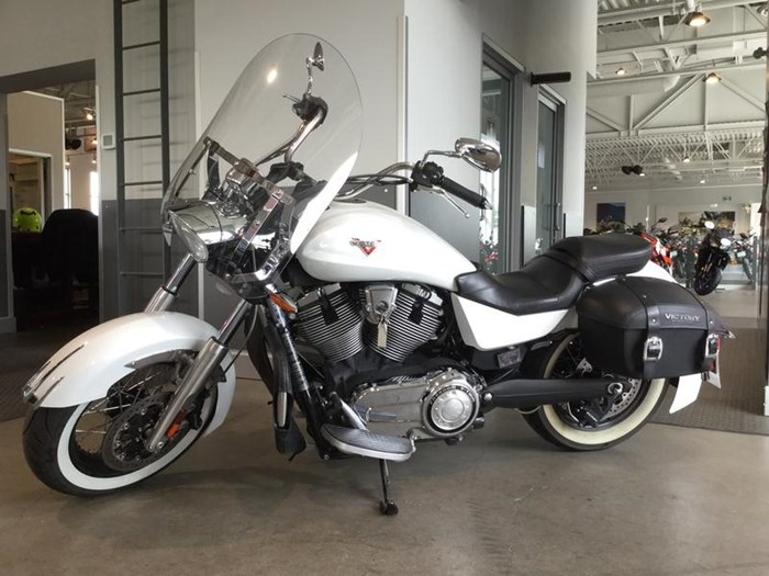 2013 Victory Boardwalk™ Pearl White Photo 1 of 6
