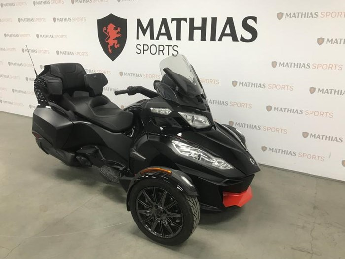 2016 Can-Am SPYDER RTS Photo 3 of 11