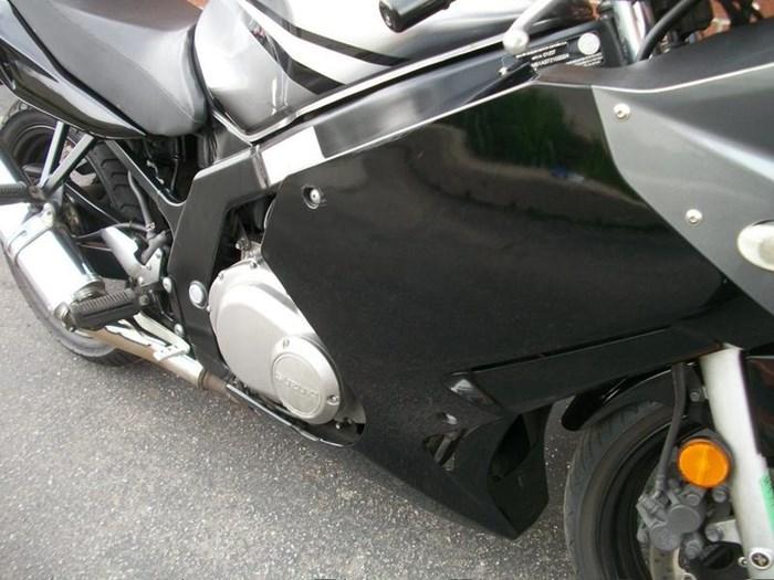 2007 SUZUKI GS500F Photo 3 sur 17