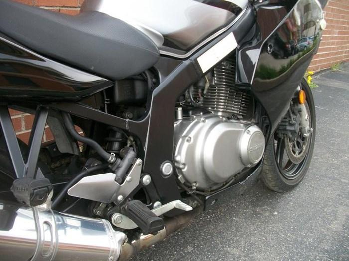 2007 SUZUKI GS500F Photo 6 sur 17