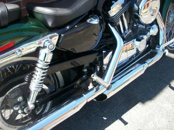 2013 Harley-Davidson XL1200V - Sportster® Seventy-Two™ Photo 5 of 18