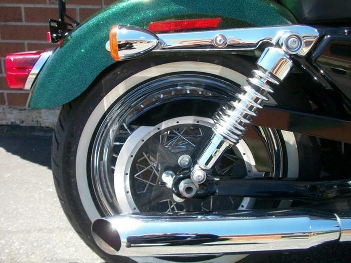 2013 Harley-Davidson XL1200V - Sportster® Seventy-Two™ Photo 7 of 18