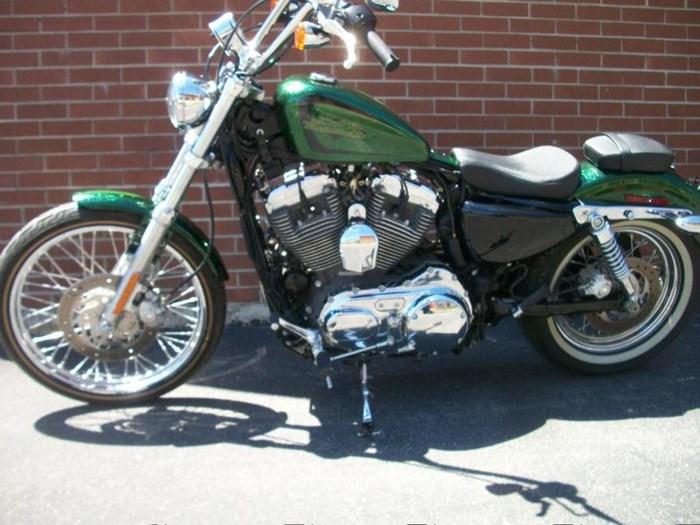 2013 Harley-Davidson XL1200V - Sportster® Seventy-Two™ Photo 10 of 18