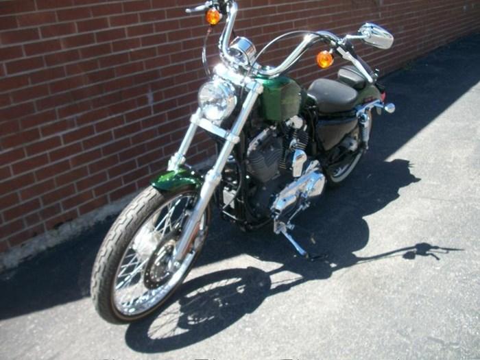 2013 Harley-Davidson XL1200V - Sportster® Seventy-Two™ Photo 11 of 18