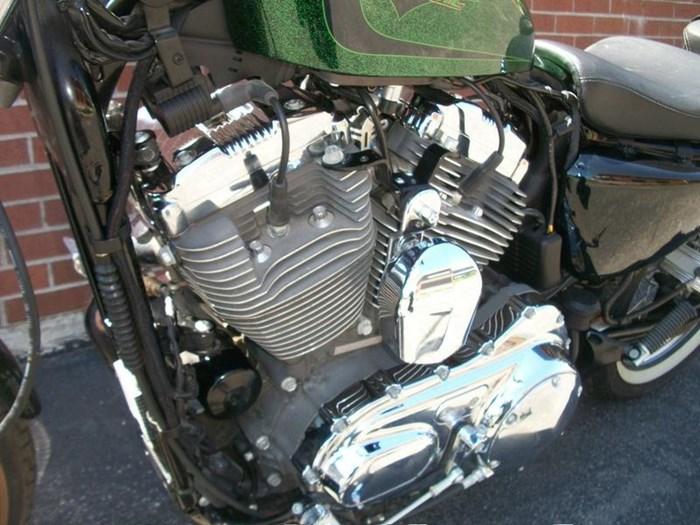 2013 Harley-Davidson XL1200V - Sportster® Seventy-Two™ Photo 16 of 18