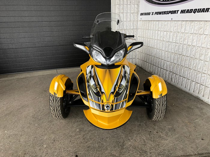2013 Can-Am Spyder ST-S SM5 Photo 4 of 9