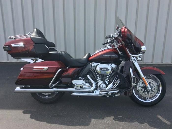 2014 Harley-Davidson FLHTKSE - CVO™ Limited Photo 1 of 11