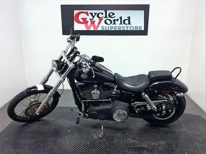 2010 Harley-Davidson FXDWG - Wide Glide® Photo 2 sur 10