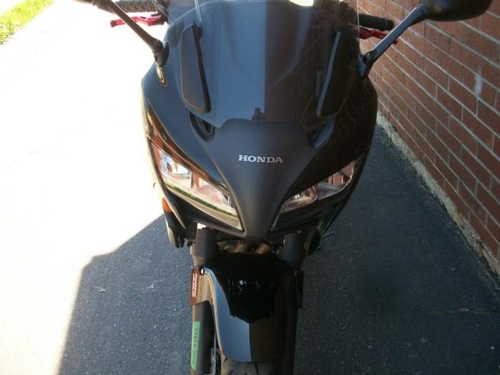 2011 Honda CBF1000A Photo 2 of 14