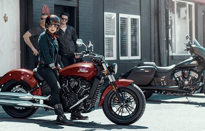 2019 INDIAN SCOUT SIXTY ABS STAR SILVER THUNDER BLACK Photo 2 sur 7