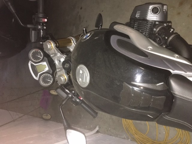2015 BMW R9T Cafe Racer Photo 5 of 11