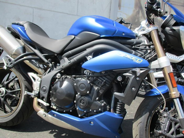 2014 Triumph Speed Triple ABS Photo 8 of 9