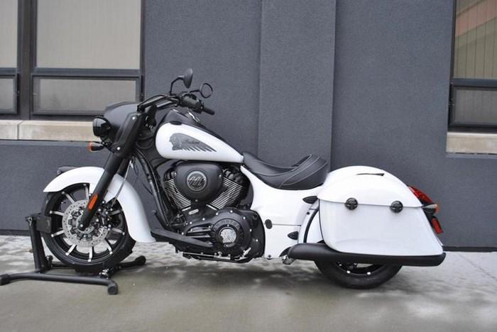 2019 Indian Motorcycle® Springfield® Dark Horse® White Smoke Photo 5 of 7