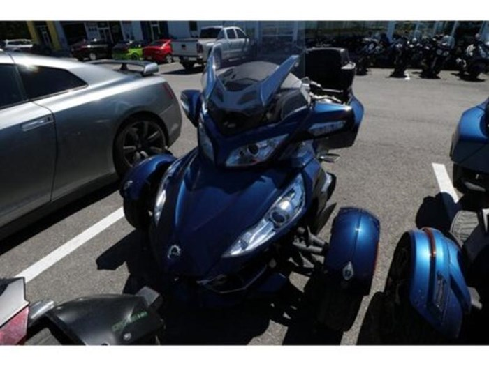 2011 Can-Am Spyder RT-S SM5 Photo 1 of 9