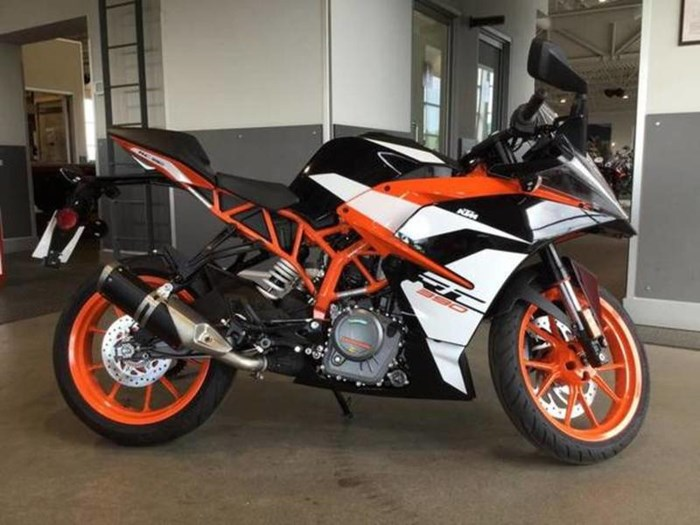 2018 KTM RC 390 Photo 3 of 5