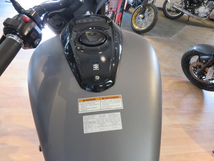 2019 Suzuki Boulevard M50 Photo 8 of 9