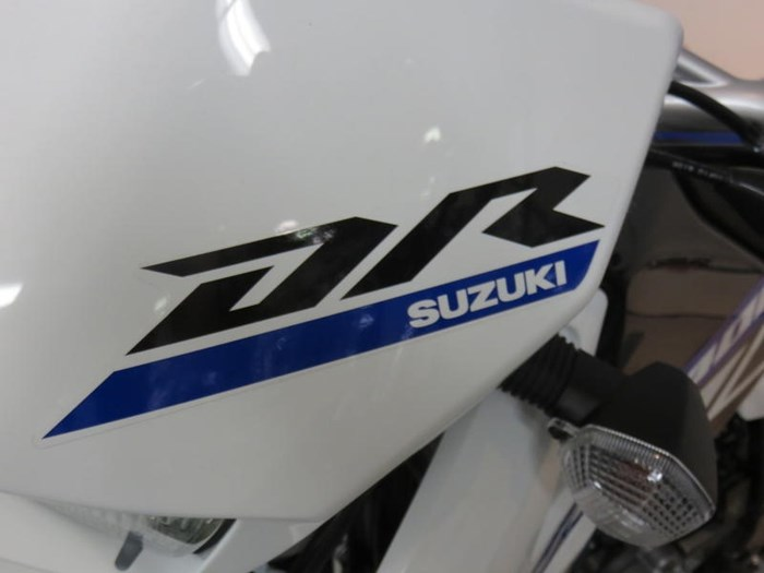 2019 Suzuki DR-Z400S Photo 7 of 10