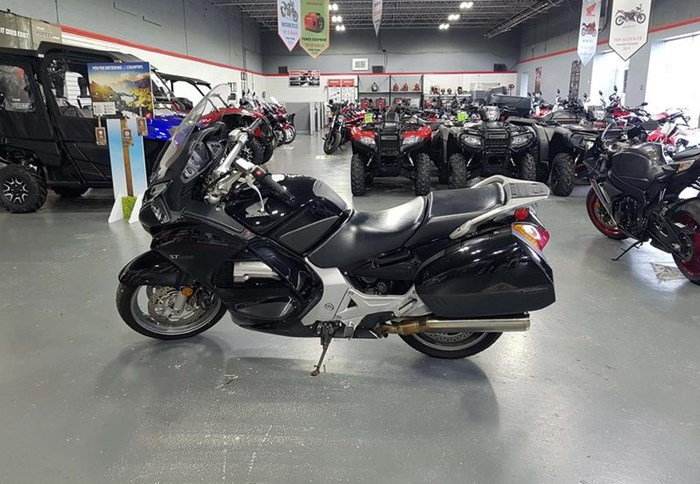 2006 Honda ST1300 Photo 1 of 12