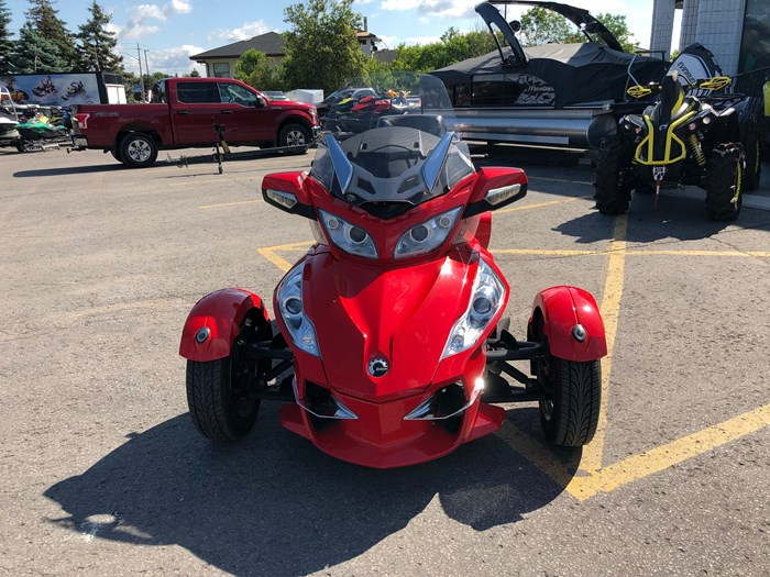 2012 Can-Am Spyder RT-S SE5 Photo 2 of 12