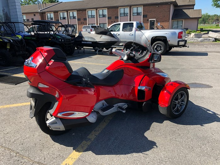 2012 Can-Am Spyder RT-S SE5 Photo 5 of 12
