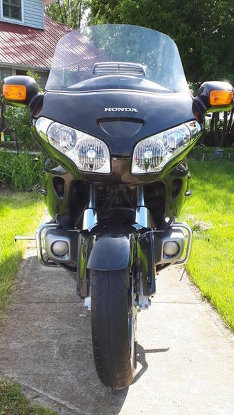2010 Honda GL1800 AL Gold Wing Photo 1 of 7