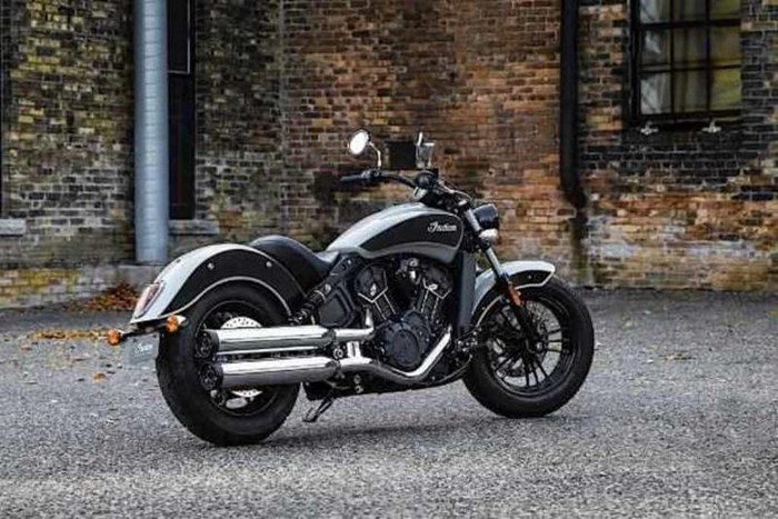 2019 Indian Motorcycle® Scout® Sixty ABS Star Silver / Thunder B Photo 2 of 6