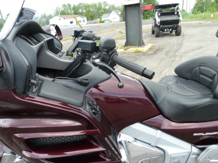 2008 Honda Gold Wing ABS Photo 6 of 18