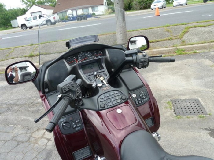 2008 Honda Gold Wing ABS Photo 8 of 18