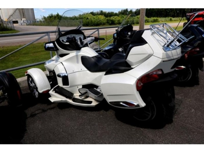 2012 Can-Am Spyder RT SE5 Limited Photo 5 of 10