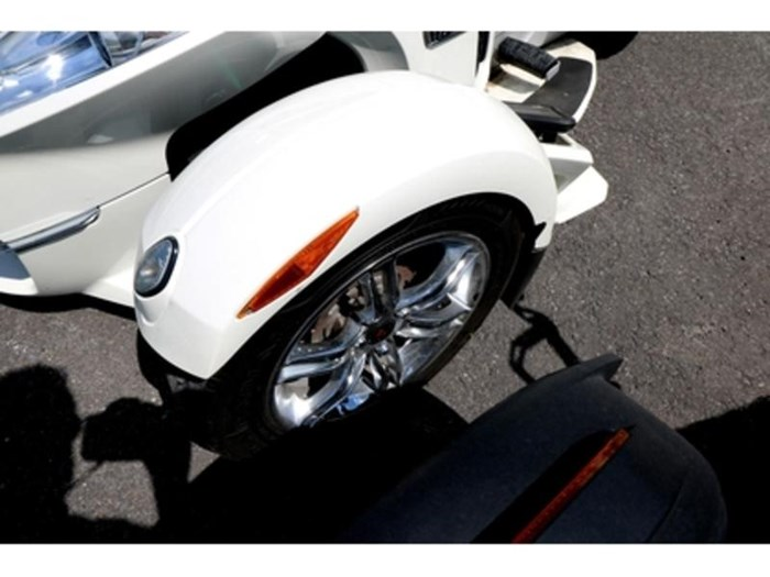 2012 Can-Am Spyder RT SE5 Limited Photo 8 of 10