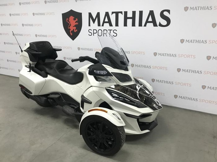 2018 Can-Am spyder rt limited Photo 3 of 9