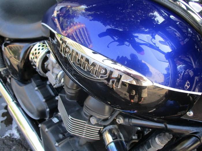 2013 Triumph Speedmaster Two-Tone Photo 2 sur 5