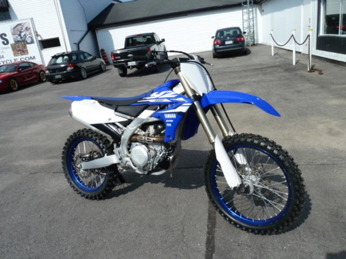 2018 Yamaha YZ450F Photo 1 of 7