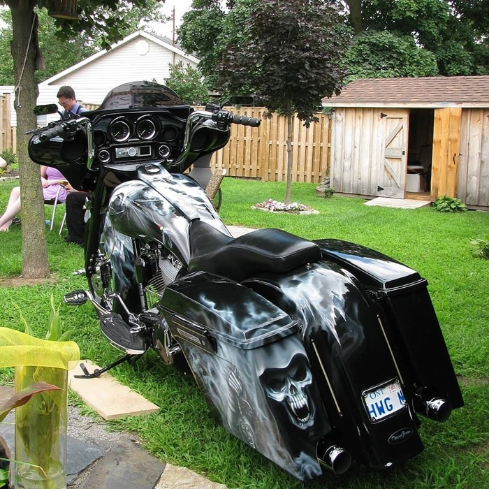 2003 Harley-Davidson FLH Photo 5 of 8